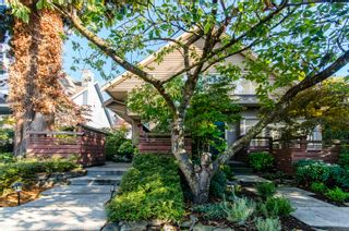 """Main Photo: 2520 WESTERN Avenue in North Vancouver: Upper Lonsdale Townhouse for sale in """"WESTERN MEWS"""" : MLS®# R2624109"""