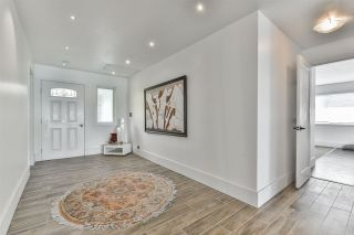 Photo 5: 15397 COLUMBIA Avenue: White Rock House for sale (South Surrey White Rock)  : MLS®# R2558799