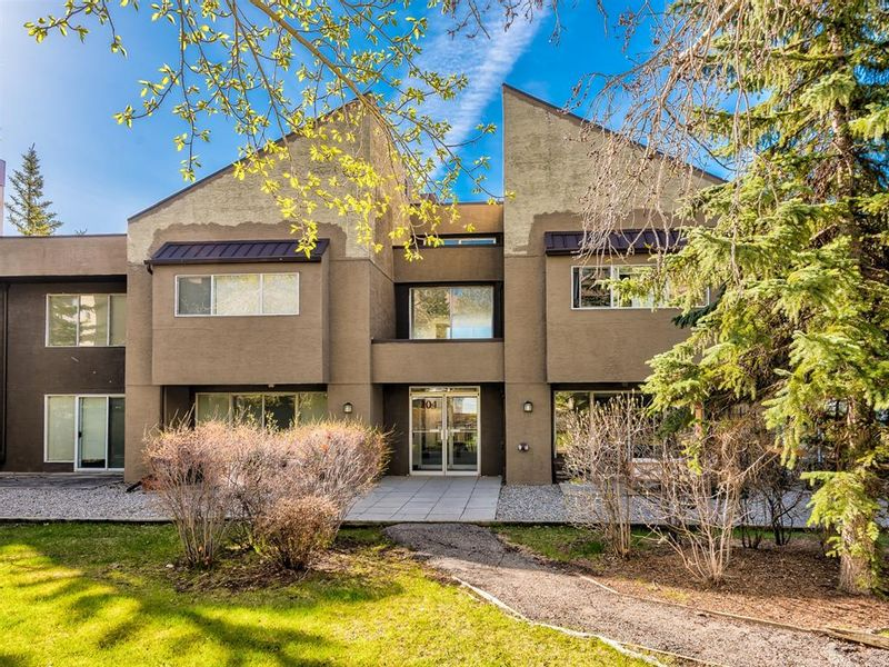 FEATURED LISTING: 6 - 104 Village Heights Southwest Calgary