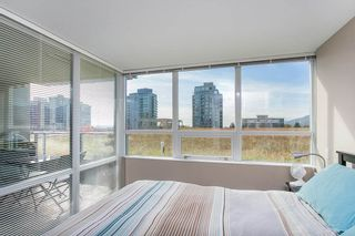 """Photo 8: 318 135 E 17TH Street in North Vancouver: Central Lonsdale Condo for sale in """"LOCAL"""" : MLS®# R2117123"""