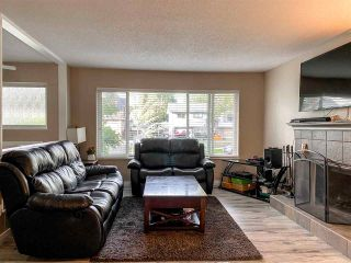 Photo 7: 18162 61B Avenue in Surrey: Cloverdale BC House for sale (Cloverdale)  : MLS®# R2509695