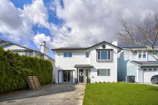 """Photo 30: 2283 WILLOUGHBY Court in Langley: Willoughby Heights House for sale in """"LANGLEY MEADOWS"""" : MLS®# R2555362"""