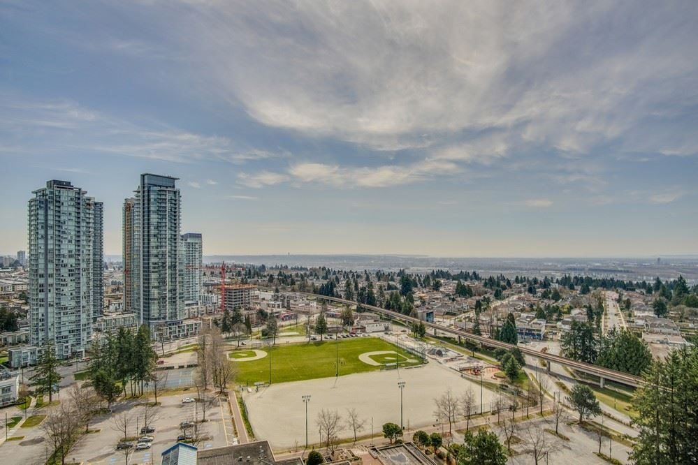 Main Photo: 2201 6521 BONSOR Avenue in Burnaby: Metrotown Condo for sale (Burnaby South)  : MLS®# R2528152