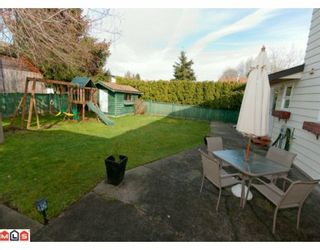 """Photo 10: 5885 ANGUS Place in Surrey: Cloverdale BC House for sale in """"JERSEY HILLS"""" (Cloverdale)  : MLS®# F1004441"""