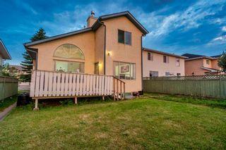 Photo 3: 76 Del Ray Close NE in Calgary: Monterey Park Detached for sale : MLS®# A1057499