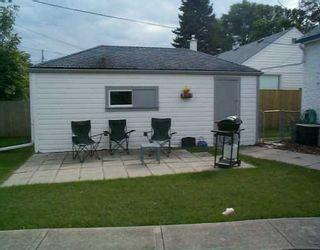 Photo 3: 221 SACKVILLE Street in Winnipeg: St James Single Family Detached for sale (West Winnipeg)  : MLS®# 2513323