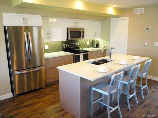 Photo 5: 65 Pilgrim Avenue in Winnipeg: Single Family Detached for sale : MLS®# 1608746