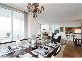 """Photo 4: # 3002 1199 MARINASIDE CR in Vancouver: Yaletown Condo for sale in """"Aquarius Mews"""" (Vancouver West)  : MLS®# V1029094"""