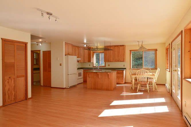 Photo 4: Photos: 908/930 BYNG Road: Roberts Creek House for sale (Sunshine Coast)  : MLS®# R2173400