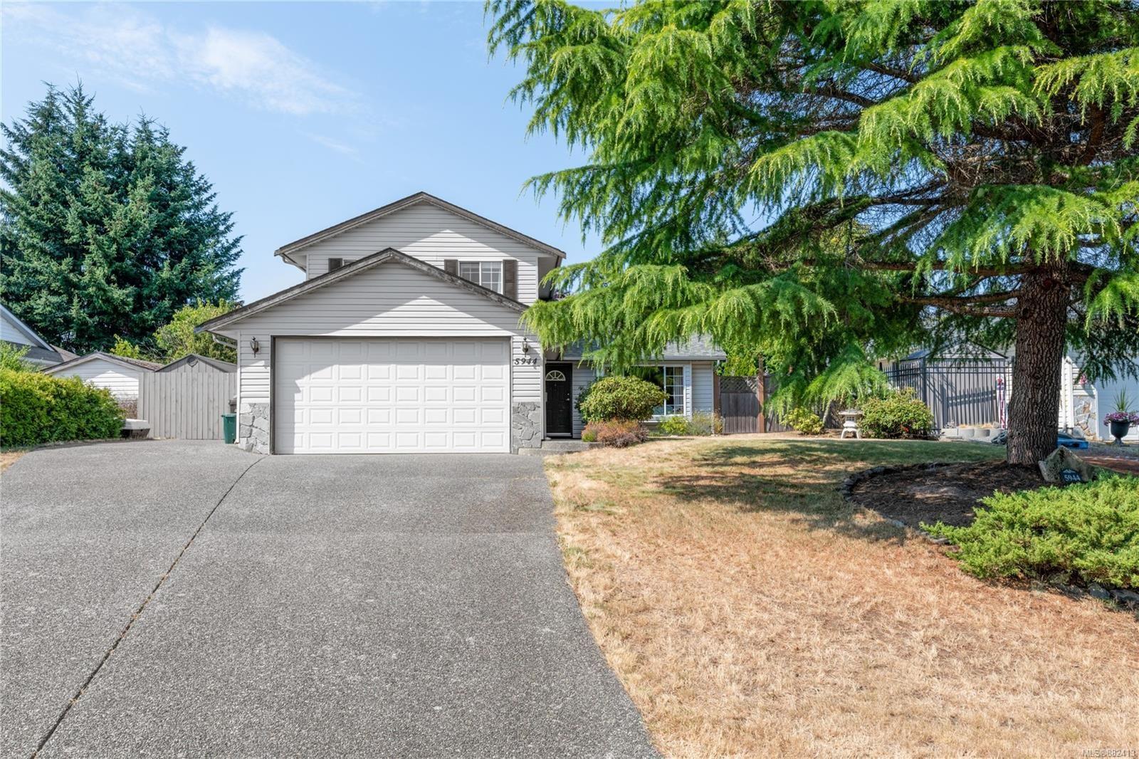 Main Photo: 5944 Devon Pl in : Na North Nanaimo House for sale (Nanaimo)  : MLS®# 882413