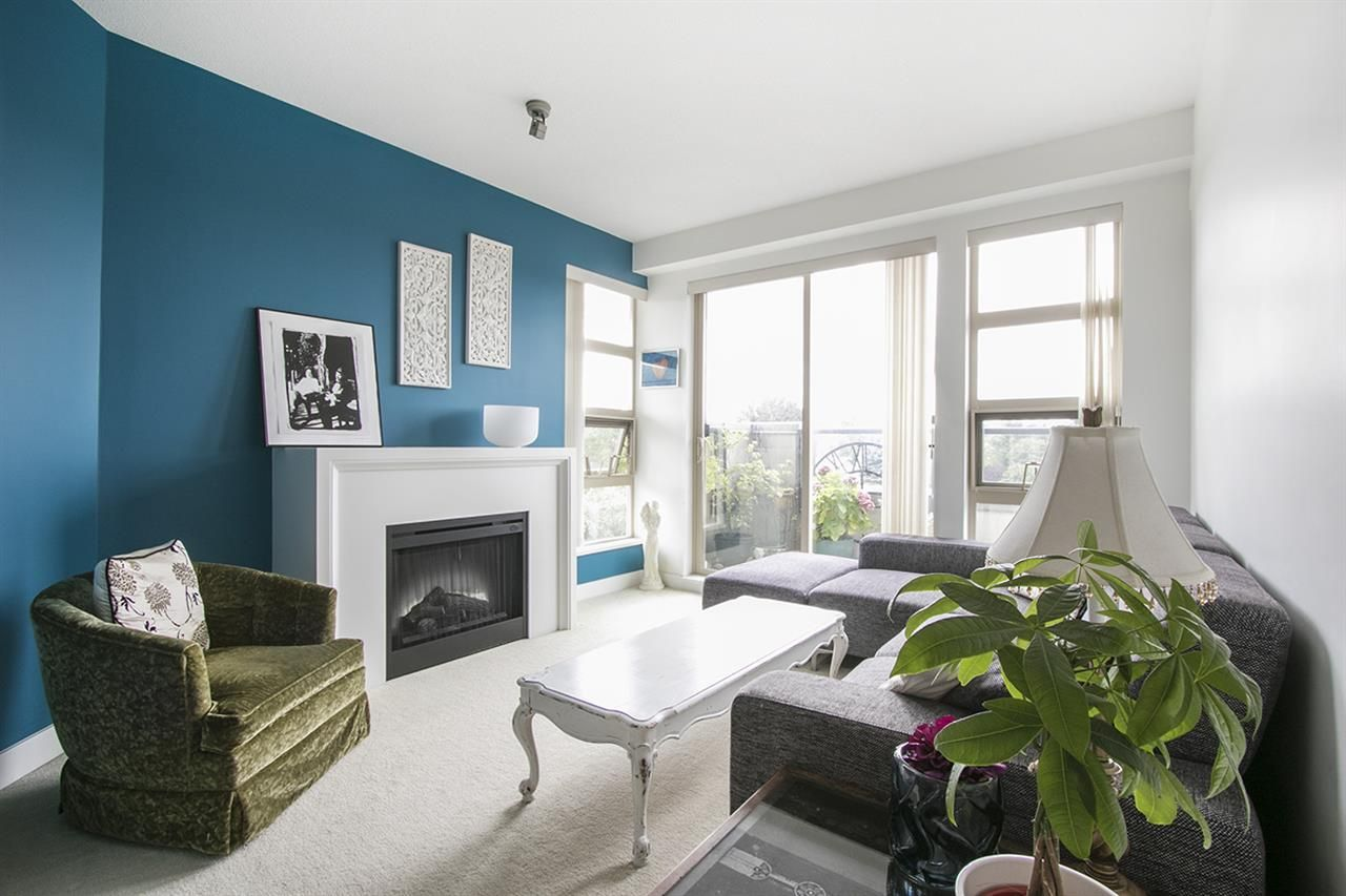 Main Photo: 424 4550 FRASER Street in Vancouver: Fraser VE Condo for sale (Vancouver East)  : MLS®# R2428372