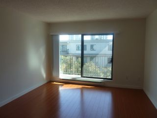 Photo 2: 317 8231 GRANVILLE AVENUE: Brighouse Home for sale ()  : MLS®# R2330230