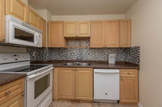 Photo 11: 521 WILLOW Court in Edmonton: Zone 20 Townhouse for sale : MLS®# E4245583