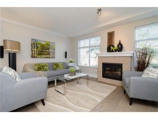 """Photo 2: 89 15833 26TH Avenue in Surrey: Grandview Surrey Townhouse for sale in """"BROWNSTONES"""" (South Surrey White Rock)  : MLS®# F1433090"""