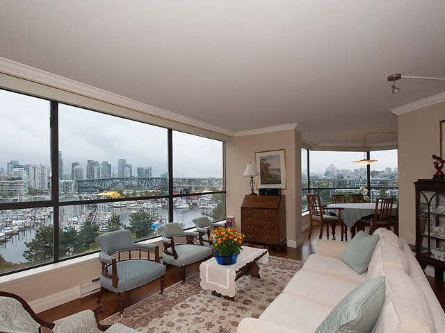 """Photo 4: Photos: 611 1450 PENNYFARTHING Drive in Vancouver: False Creek Condo for sale in """"HARBOUR COVE"""" (Vancouver West)  : MLS®# V1086066"""