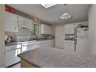 Photo 15: 905 Gade Rd in VICTORIA: La Florence Lake House for sale (Langford)  : MLS®# 685302