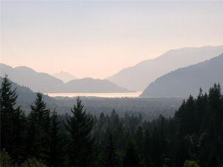 """Photo 6: 15 1026 GLACIER VIEW Drive in Squamish: Garibaldi Highlands Townhouse for sale in """"SEASONVIEW"""" : MLS®# V1081558"""