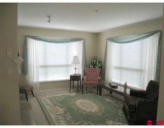 "Photo 4: 209 15188 22ND Avenue in Surrey: Sunnyside Park Surrey Condo for sale in ""MUIRFIELD GARDENS"" (South Surrey White Rock)  : MLS®# F2915641"