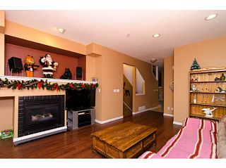 """Photo 2: 71 1055 RIVERWOOD Gate in Port Coquitlam: Riverwood Townhouse for sale in """"MOUNTAIN VIEW ESTATES"""" : MLS®# V999954"""