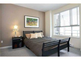 Photo 8: 210 2484 WILSON Avenue in Port Coquitlam: Central Pt Coquitlam Condo for sale : MLS®# V842169