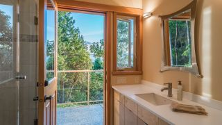 Photo 32: 825 DUTHIE Avenue in Gabriola Island: Out of Town House for sale : MLS®# R2594973