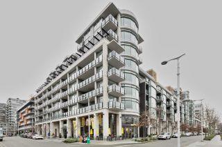 "Photo 2: 404 1625 MANITOBA Street in Vancouver: False Creek Condo for sale in ""SHORELINE @ THE VILLAGE ON FALSE CREEK"" (Vancouver West)  : MLS®# R2310552"