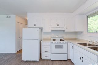 Photo 5: 818 Confederation Drive in Saskatoon: Massey Place Residential for sale : MLS®# SK861239