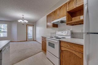 Photo 7: 40 Mt Aberdeen Manor SE in Calgary: McKenzie Lake Row/Townhouse for sale : MLS®# A1100285