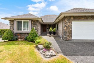 Photo 1: 2102 Robert Lang Dr in : CV Courtenay City House for sale (Comox Valley)  : MLS®# 877668