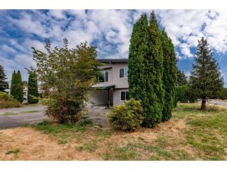 Photo 2: 9054 CHARLES Street in Chilliwack: Chilliwack E Young-Yale 1/2 Duplex for sale : MLS®# R2612719