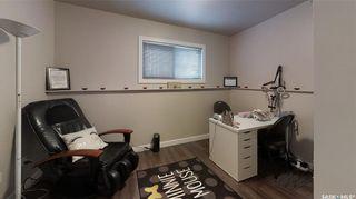 Photo 14: 208 Reddekopp Lane in Warman: Residential for sale : MLS®# SK865241