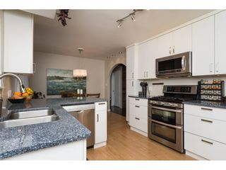 Photo 6: 15737 MCBETH Road in Surrey: King George Corridor House for sale (South Surrey White Rock)  : MLS®# R2146322