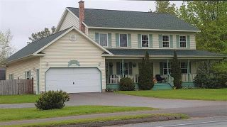 Photo 1: 1630 MAPLE Avenue in Kingston: 404-Kings County Residential for sale (Annapolis Valley)  : MLS®# 201909959