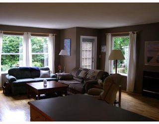 Photo 3: 7977 EASTWOOD Road in No_City_Value: Pender Harbour Egmont House for sale (Sunshine Coast)  : MLS®# V713709