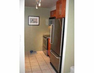 """Photo 7: 16 877 W 7TH AV in Vancouver: Fairview VW Townhouse for sale in """"EMERALD COURT"""" (Vancouver West)  : MLS®# V547868"""