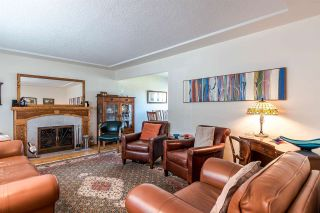Photo 2: 905 KENT Street in New Westminster: The Heights NW House for sale : MLS®# R2202192