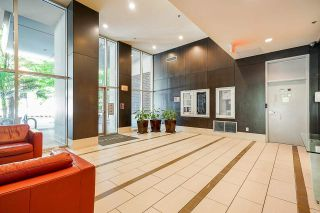 """Photo 5: 2306 550 PACIFIC Street in Vancouver: Yaletown Condo for sale in """"AQUA AT THE PARK"""" (Vancouver West)  : MLS®# R2580725"""