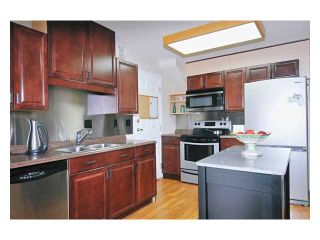 "Photo 3: 97 12099 237TH Street in Maple Ridge: East Central Townhouse for sale in ""THE GABRIOLA"" : MLS®# V843157"