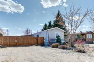 Photo 1: 113 5A Street South in Wakaw: Residential for sale : MLS®# SK854331