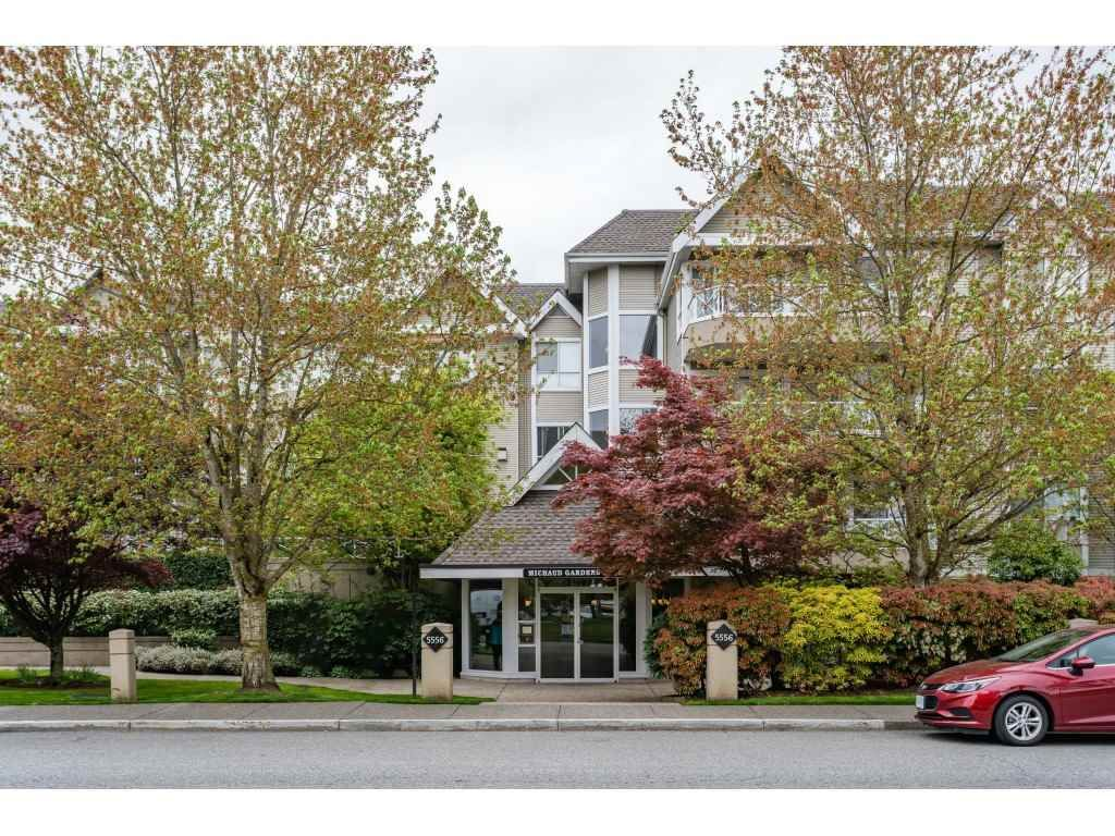 "Main Photo: 302 5556 201A Street in Langley: Langley City Condo for sale in ""Michaud Gardens"" : MLS®# R2362243"