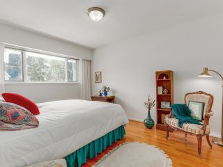 Photo 13: 974 BELVEDERE DRIVE in North Vancouver: Canyon Heights NV House for sale : MLS®# R2106348
