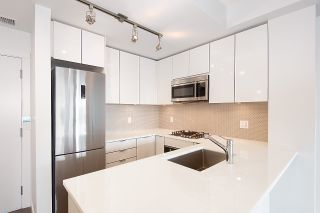 Photo 5: 111 10011 RIVER DRIVE: Bridgeport RI Home for sale ()  : MLS®# R2351746