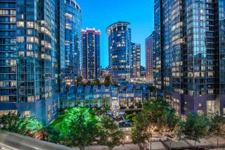 """Photo 7: 803 1239 W GEORGIA Street in Vancouver: Coal Harbour Condo for sale in """"The Venus"""" (Vancouver West)  : MLS®# R2174142"""