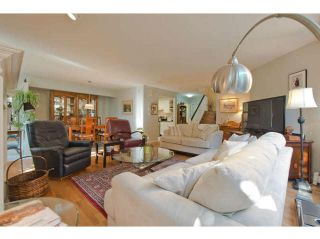 """Photo 6: 104 15111 RUSSELL Avenue: White Rock Condo for sale in """"Pacific Terrace"""" (South Surrey White Rock)  : MLS®# F1411286"""