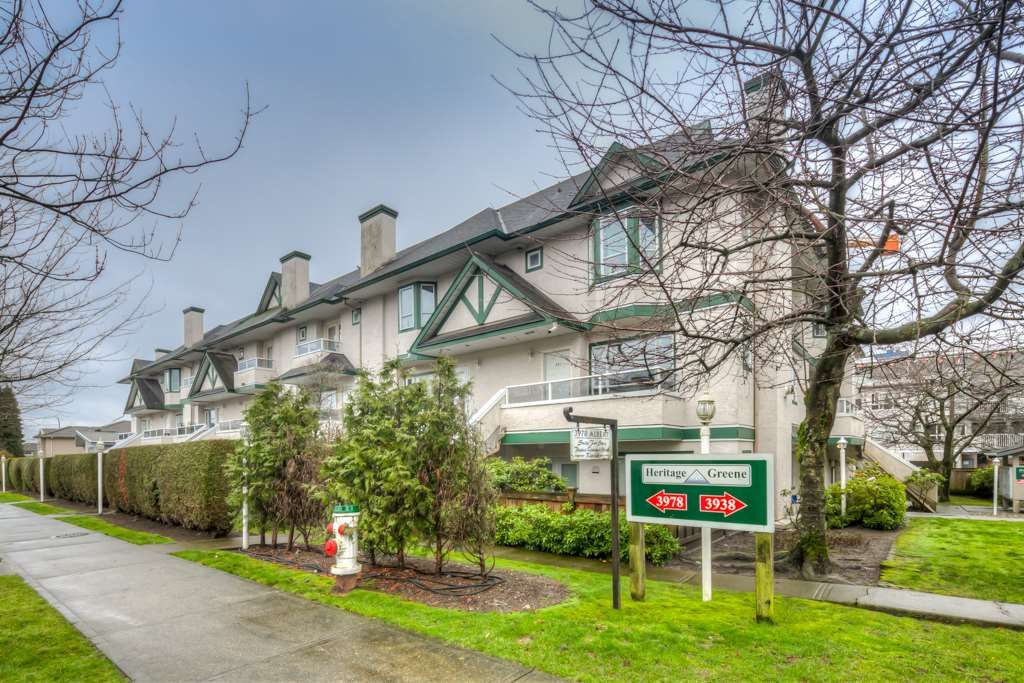 """Main Photo: 212 3978 ALBERT Street in Burnaby: Vancouver Heights Townhouse for sale in """"HERITAGE GREEN"""" (Burnaby North)  : MLS®# R2237019"""