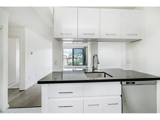 """Photo 8: 904 150 E 15TH Street in North Vancouver: Central Lonsdale Condo for sale in """"Lions Gate Plaza"""" : MLS®# R2583900"""