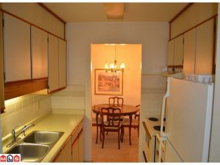 "Photo 5: 101 1460 MARTIN Street: White Rock Condo for sale in ""CAPISTRANO"" (South Surrey White Rock)  : MLS®# F1205256"