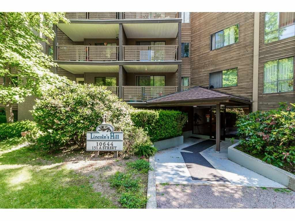 """Main Photo: 105 10644 151A Street in Surrey: Guildford Condo for sale in """"LINCOLN'S HILL"""" (North Surrey)  : MLS®# R2431314"""