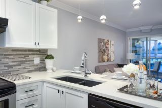 """Photo 5: 209 4989 DUCHESS Street in Vancouver: Collingwood VE Condo for sale in """"ROYAL TERRACE"""" (Vancouver East)  : MLS®# R2158761"""