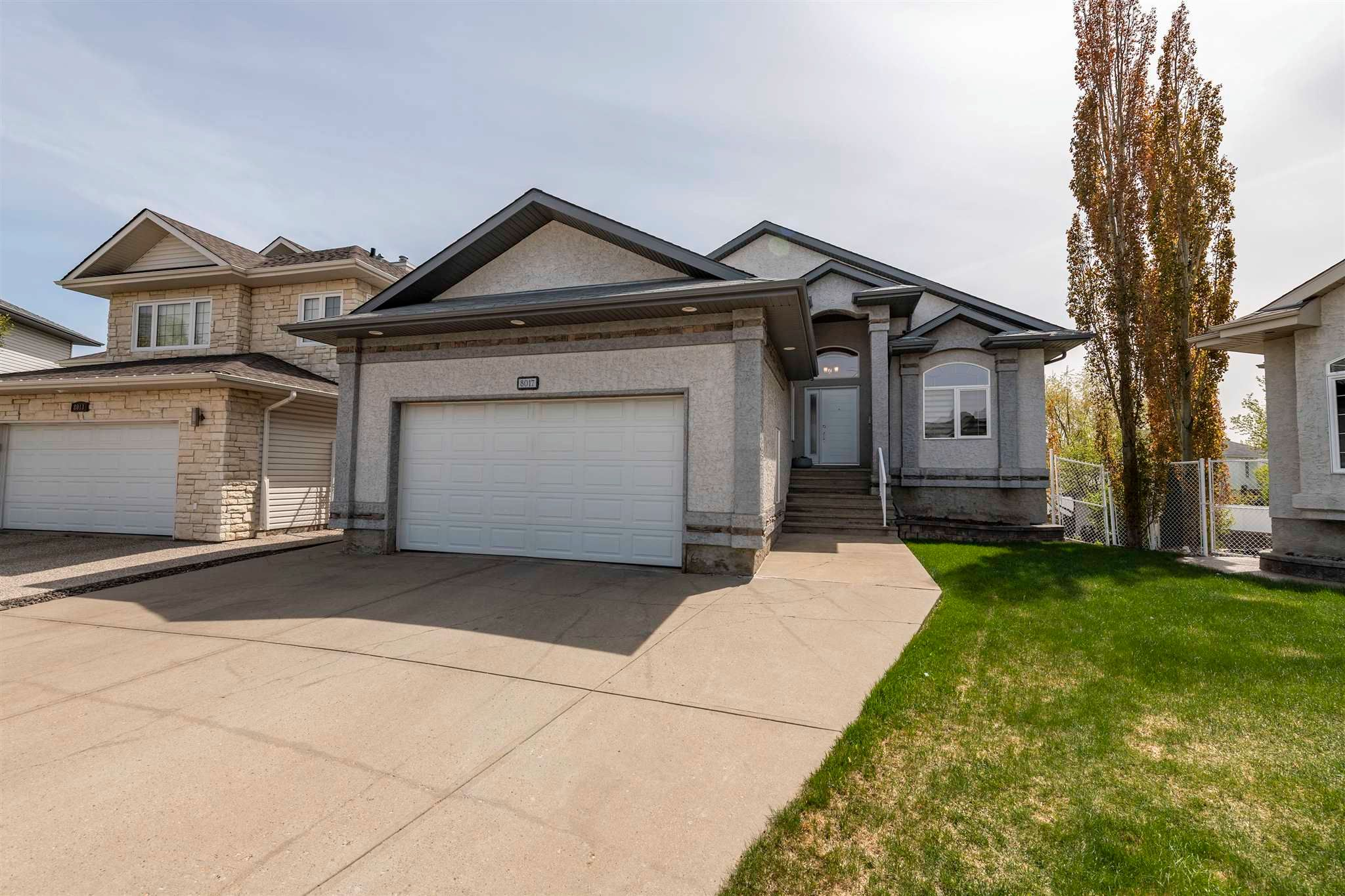 Main Photo: 8017 166A Avenue in Edmonton: Zone 28 Attached Home for sale : MLS®# E4246009